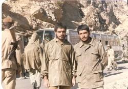 پاسدار شهید گمنام و سرافراز که از دست سردار شهید خرازی هدیه گرقت