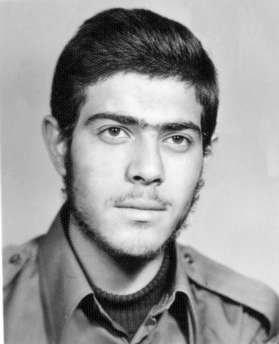 اصغر خانی آرانی